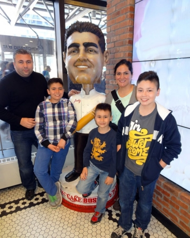 Cake boss Restaurant, New York, USA 2014